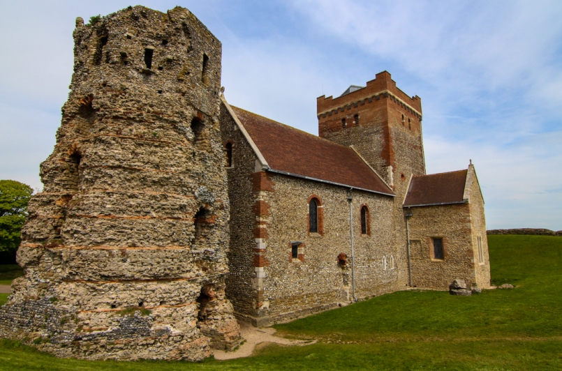 Church of St Mary-in-Castro and Roman Lighthouse