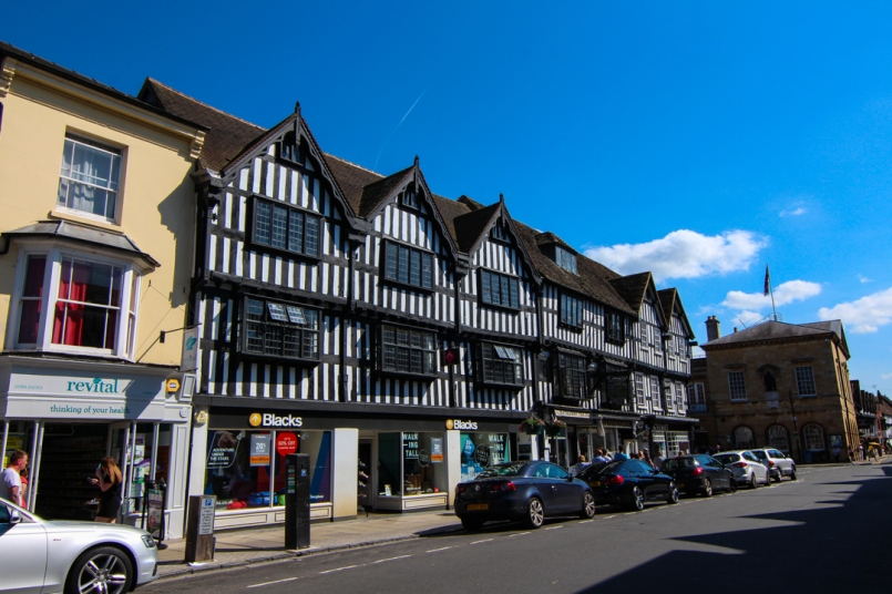 Tudor building around Stratford-upon-Avon